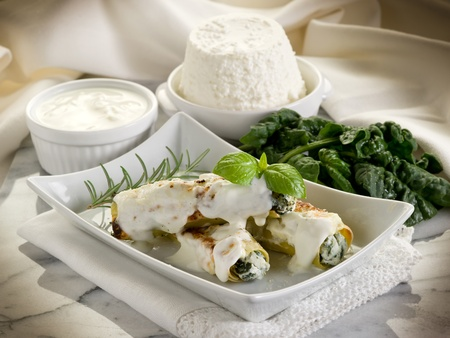 cannelloni ricotta e spinach photo