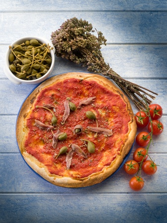 neapolitan: pizza with capers and anchovies