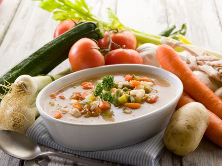 potato soup: soup vegetable with ingredients