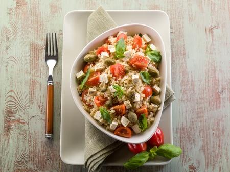豆腐と玄米菜食米のサラダ