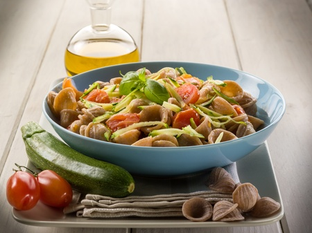 integral:  wheatmeal orecchiette with slice julienne zucchinis and fresh tomatoes