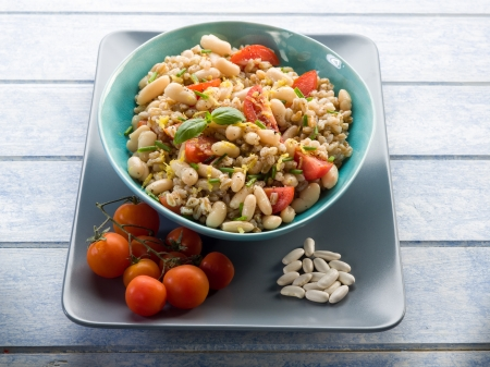 spelt risotto with beans and tomatoes