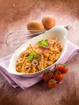 scramble: scrambled eggs with tomatoes