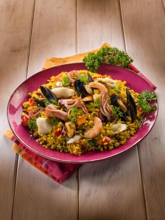 traditonal fish paella