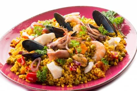 kitchen spanish: traditional fish paella