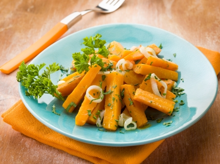 carrots with parsley andh onions, vegetarian food Stock Photo - 15514460