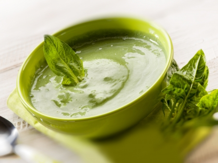 green pea: spinach soup, vegetarian food,selective focus