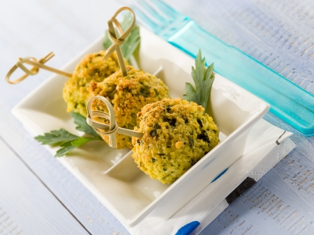 millet vegetarian meatballs