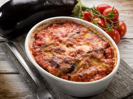 eggplants parmigiana traditional italian recipe