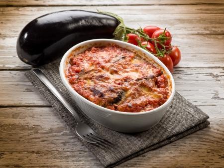 ナスのパルミジャーナ伝統的なイタリアのレシピ 写真素材