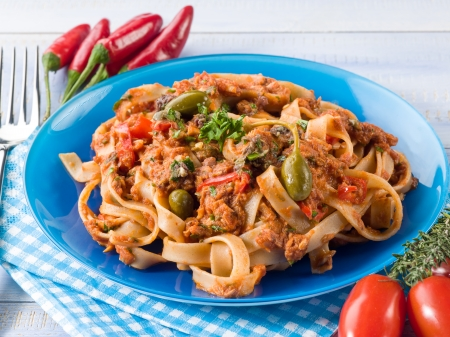 tagliatelle with tuna tomatoes and capers Stock Photo - 18890156