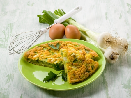 omelet: omelette with onions and leek