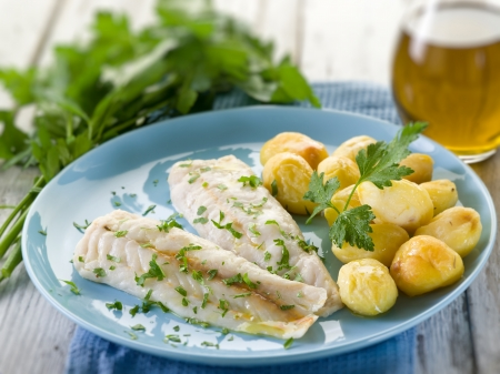 cod oil: steamed cod with parsley and potatoes