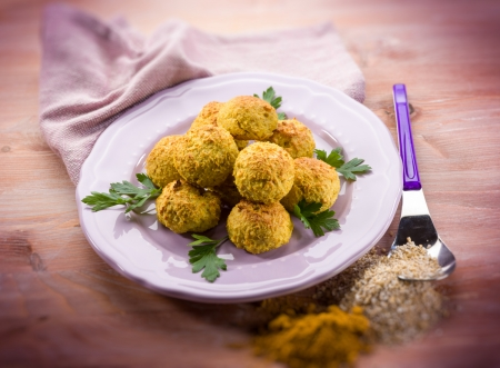 vegetarian meatballs with oat ricotta and curry, selective focus Archivio Fotografico