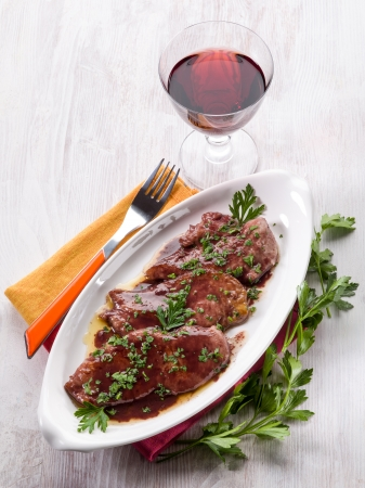 wine sauce: escalope cooked with red wine