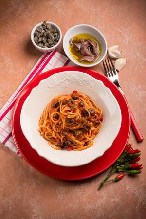puttanesca: spaghetti puttanesca