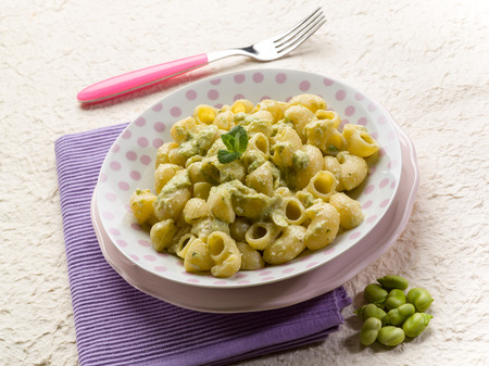 broad leaf: pasta with fava beans broad Stock Photo