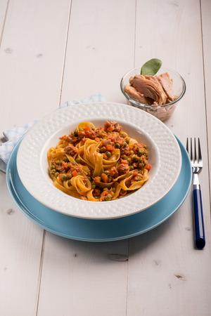 ragout: tagliatelle with tuna ragout and green peas