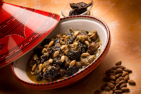 plum: tajine with meat plum almond and sesame seeds
