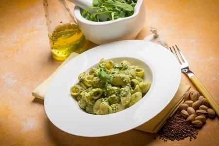 pasta with arugula and pistachio pesto