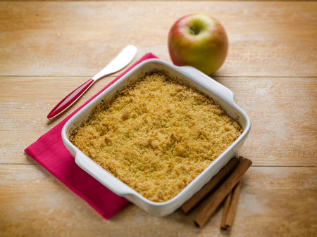 apple crumble: apple crumble with cinnamon, selective focus Stock Photo