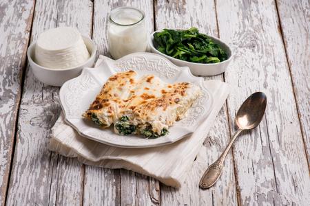 cannelloni ricotta and spinach Standard-Bild