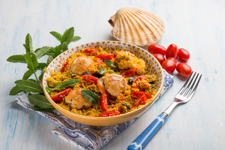 couscous with scallop eggplant and tomatoes Archivio Fotografico