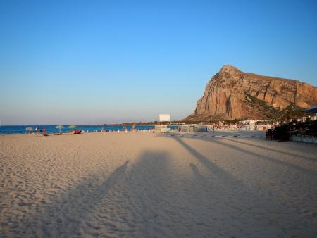 La spiaggia di San Vito Lo Capo al tramonto Archivio Fotografico