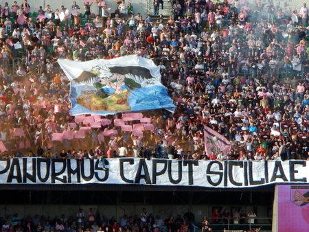 PALERMO, ITALIA - 9 novembre 2013 - US Città di Palermo vs Trapani Calcio - Serie B