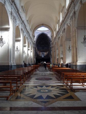 La navata principale della Cattedrale di Catania Editoriali