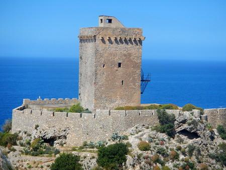 Altavilla Milicia - Particolare della Torre Normanna