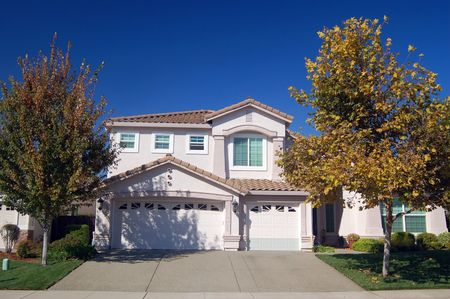 house in the suburbs Stock Photo - 334720