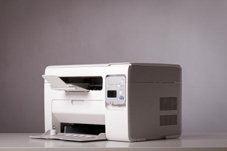 fotocopiadora: Todo-en-una impresora, escáner, copiadora Foto de archivo