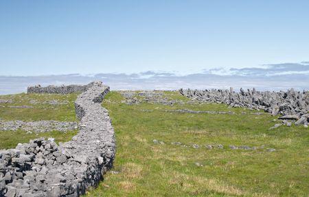 aran islands: Dun Aonghasa, las Islas Aran, Irlanda
