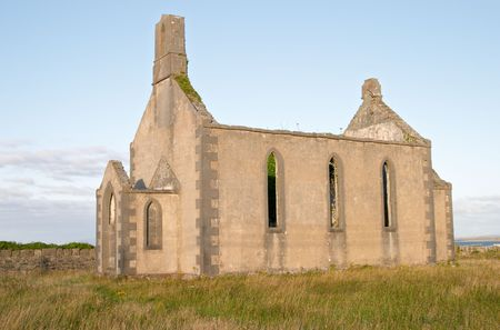 aran islands: Ancient church at Inis M�r, Aran islands, Ireland