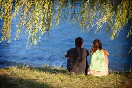 lake como: Mensen in de liefde aan het Comomeer
