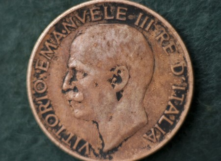 10 cent. Lira coin showing Vittorio Emanuele King of  Italy photo