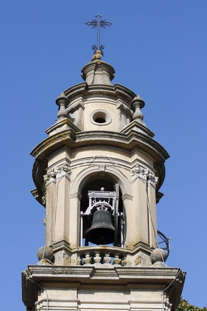 campanario cerca de la iglesia barroca en Albonese, Italia Pavia Foto de archivo - 9643402