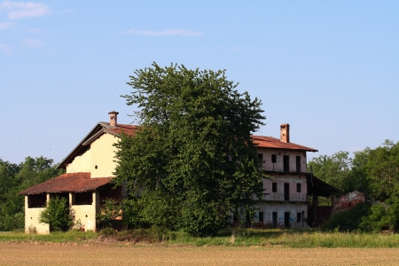 motto: abandoned  dilapidated rural building  in Motto Gritta, Italy Stock Photo