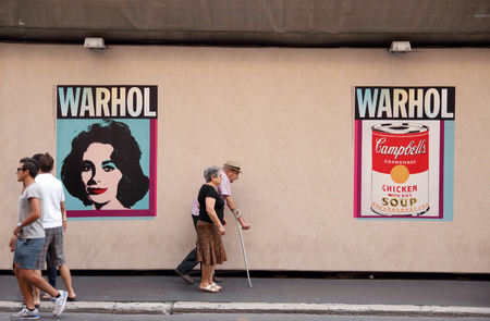andy warhol: ROME, ITALY - AUGUST16, 2014:  people in front of Palazzo Cipolla. on display in the halls of the Museo della Fondazione Roma the most important groups of works by the Father of American Pop Art Andy Warhol  Editorial