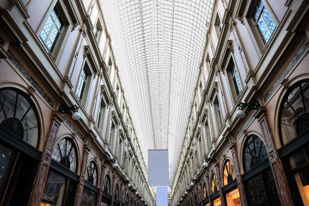 bruxelles: BRUXELLES, BELGIUM - APRIL 6, 2014:  Royal Galleries of Saint-Hubert, detail of the ceiling
