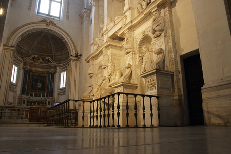 vincoli: ROME, ITALY - OCTOBER 8, 2015: St. Peter in Vincoli, funeral monument for Pope Julius II with the famous Moses by Michelangelo Editorial
