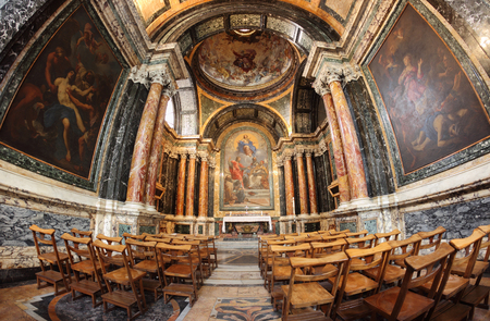 cappella: ROME, ITALY - JANUARY 19, 2016: Baroque Cybo Chapel in the right-hand aisle of the Basilica of Santa Maria del Popolo in Rome