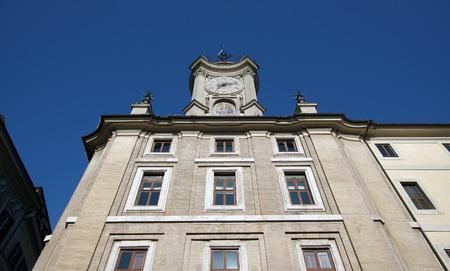 oratoria: Plaza del Reloj IIN Roma, Italia Oratorio y Convento de San Felipe Neri frailes diseñado por Francesco Borromini entre 1637-1640