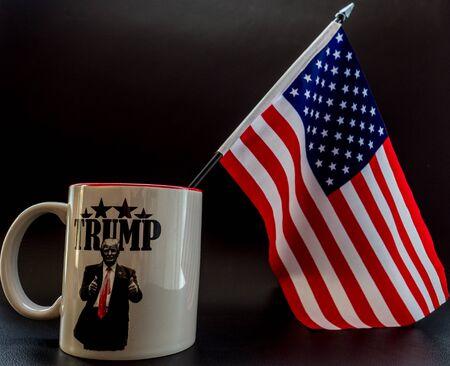 trump coffee cup with small america flag in it trump campaign Archivio Fotografico - 140783407