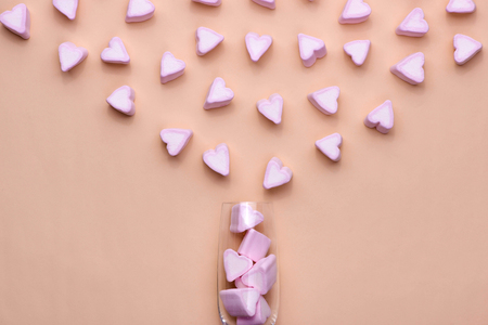 Valentines Day Glass with lots of candy hearts marshmallows 版權商用圖片