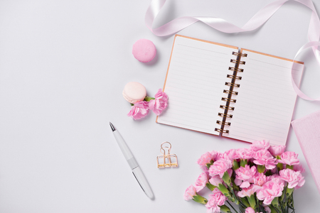 Mockup planner flat lay. Accessory on the table. View top. Events and party desktop. Standard-Bild