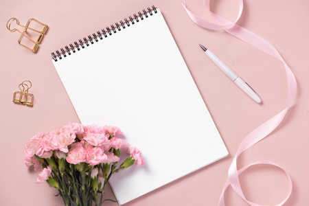 Mockup planner flat lay. Accessory on the table. View top. Events and party desktop. Stockfoto