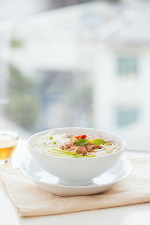 A bowl of traditional Vietnamese Pho noodle 版權商用圖片