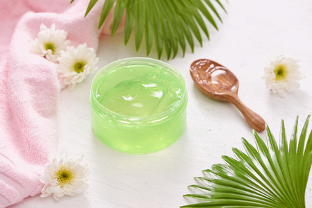 Smoothing gel aloe vera formula represent the cosmetic and bodycare. Stockfoto
